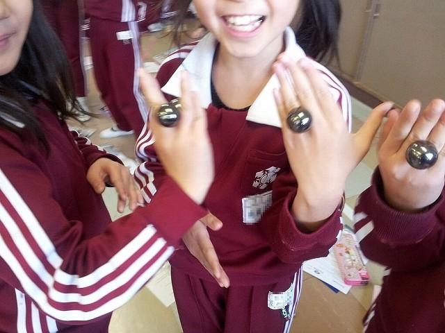 福島県三河台小学校で磁石の授業