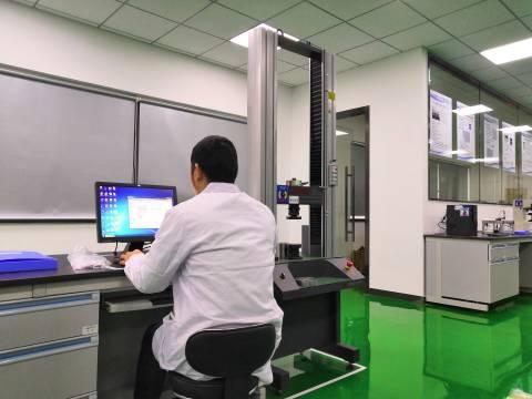 圧縮試験器